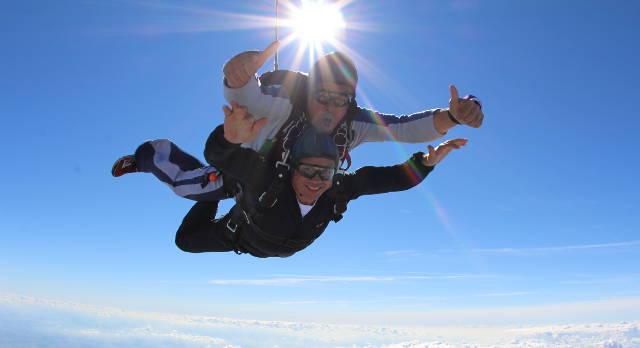 Professor Tony Belli and his instructor during the SRMRC director's charity skydive